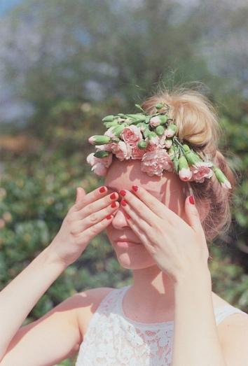 blonde-crown-flower-flowers-Favim.com-1092923
