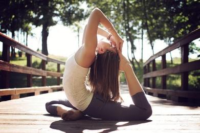 fitness-flexible-girl-health-Favim.com-780302