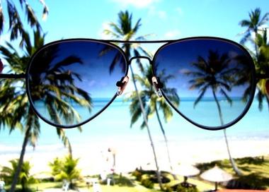 beach-beautiful-holidays-palm-trees-sea-summer-sunglasses-Favim.com-797100