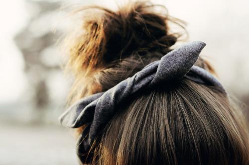 bow-brown-brunette-bun-Favim.com-1014201