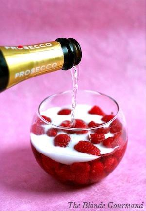 champagne-chic-dance-drink-Favim.com-1056543