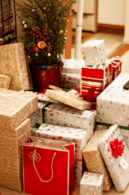 christmas-gift-lots-of-love-love-505181