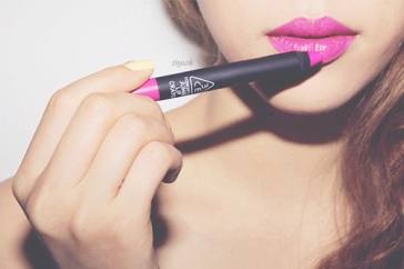 lips01